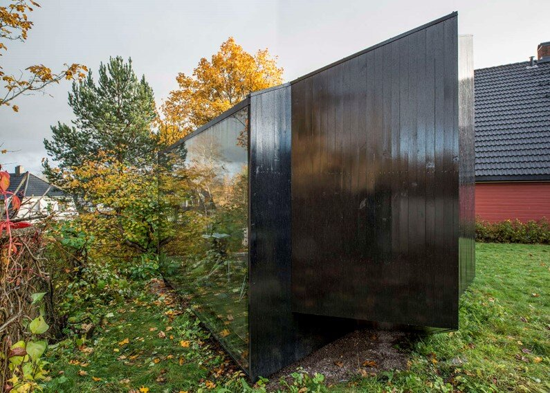 Writer's Cottage in suburban residential area of the Oslo city (2)