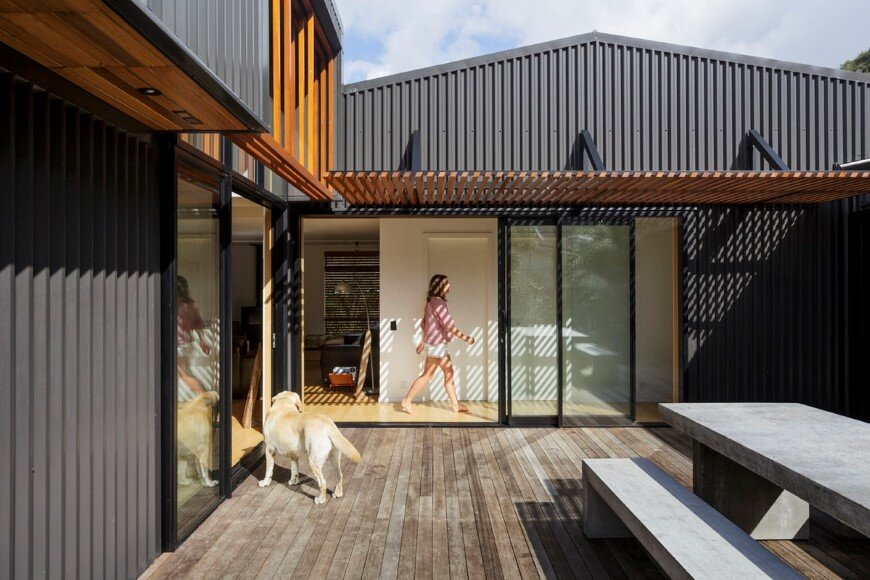 offSET Shed House is a beach house with a large opening to the sea (2)