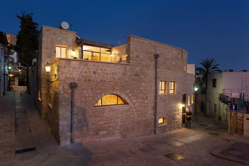 preservation and renewal of an old house in Israel by HENKIN SHAVIT Architecture & Design (13)