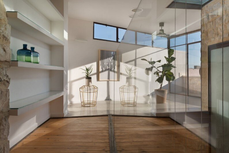 preservation and renewal of an old house in Israel by HENKIN SHAVIT Architecture & Design (5)