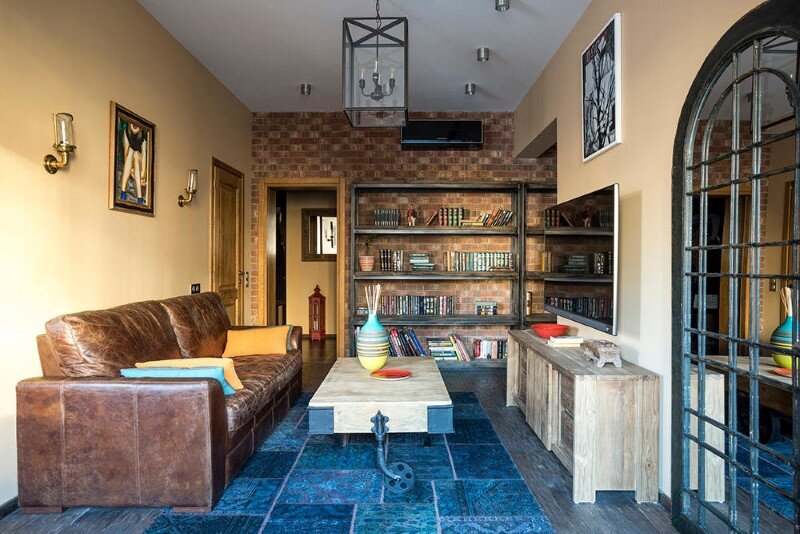 74 sqm apartment with authentic vintage and retro furniture by Moscow-based Odnushechka Studio (1)