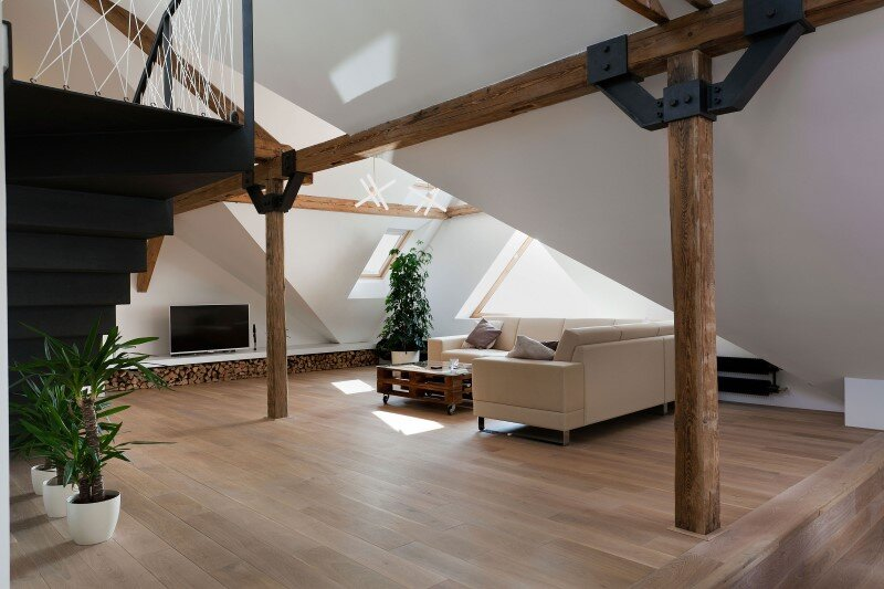 Attic loft reconstruction in a late 19th century house