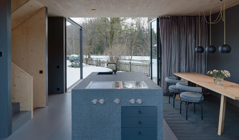 Bavarian house built for relaxation and vacation (4)