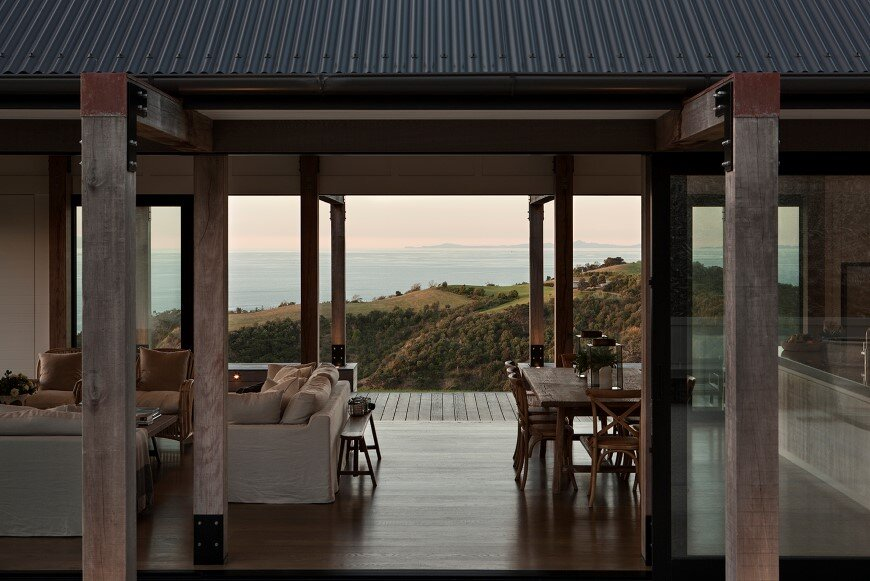 Bold architecture with maximum exposure to the views and seasonal rhythms - Owhanake Headland 4