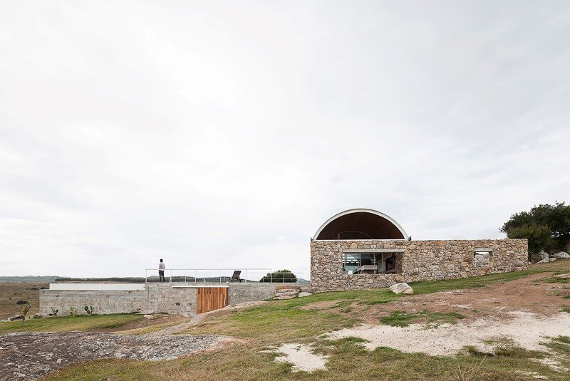Calera del Rey residence stone structure with a vaulted roof (13)