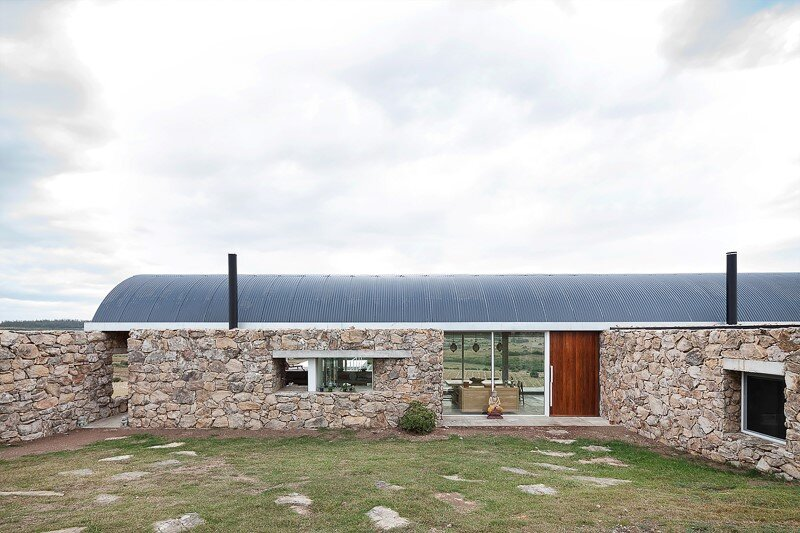 Calera del Rey House stone structure with a vaulted roof (2)