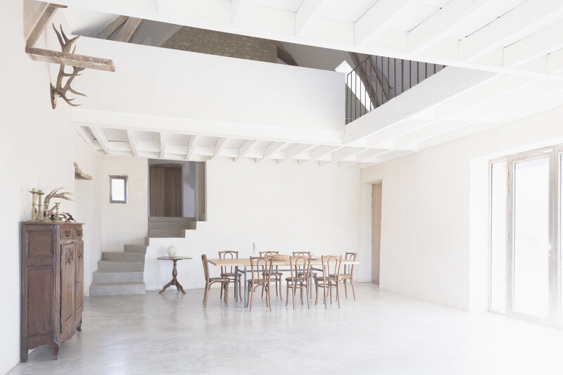 Conversion of an old farmhouse into a summer home - by French studio Septembre Architecture (4)