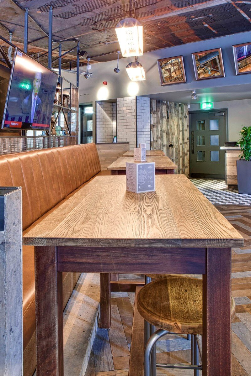 DV8 Designs has created a true rustic feel in Beef and Pudding restaurant (8)