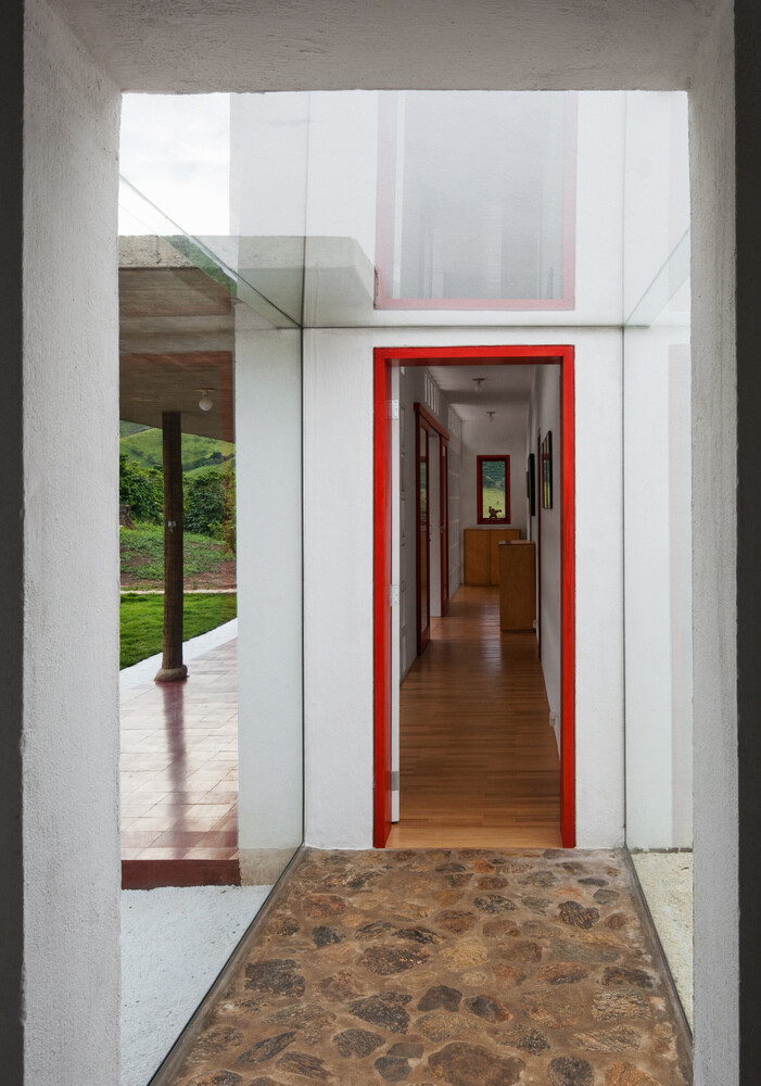 Dom Vicoso House by Brasil Arquitectura (28)