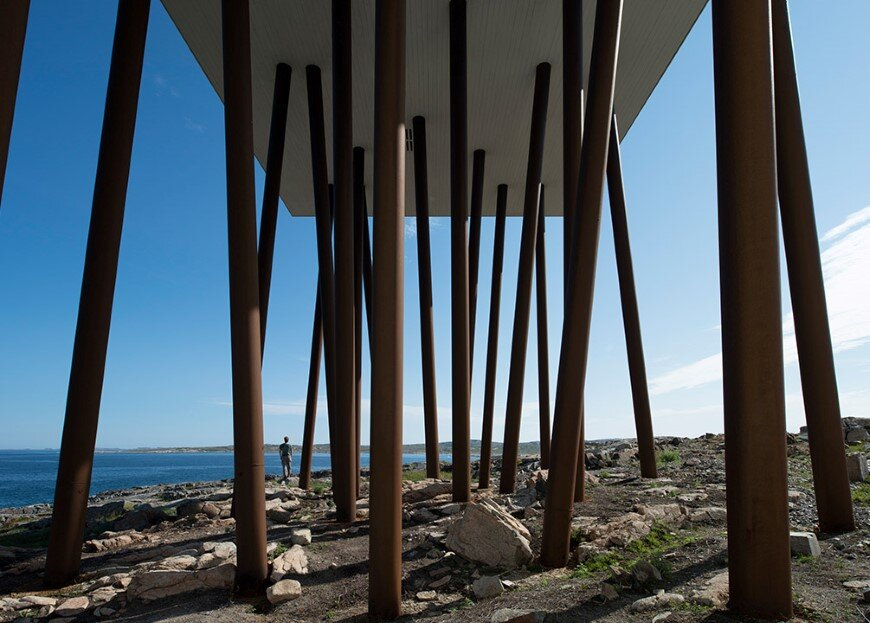 Fogo Island Inn by a timeless piece of architecture by Saunders (7)