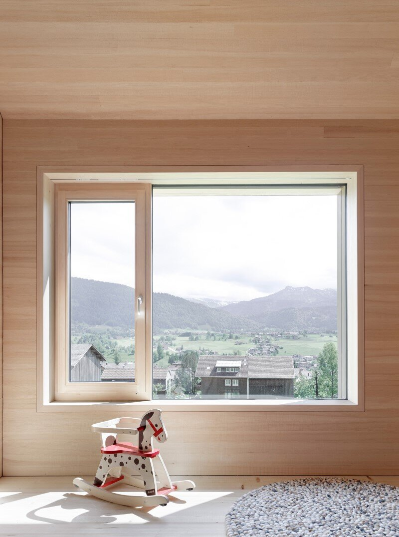 House in Austria inspired by regional design and traditional motifs  (3)