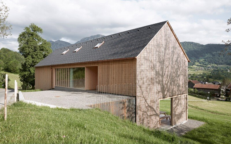 House in Austria inspired by regional design and traditional motifs (4)