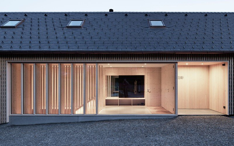 House in Austria inspired by regional design and traditional motifs (5)