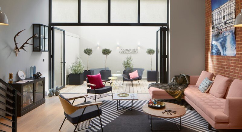 Loft apartment with an industrial factory feel - Northbourne, London (12)