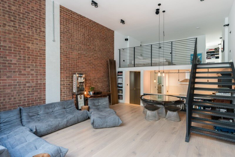 Loft apartment with an industrial factory feel - Northbourne, London (4)