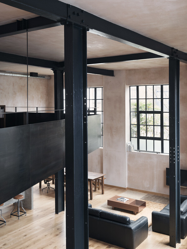 London warehouse converted into a stylish life space (1)