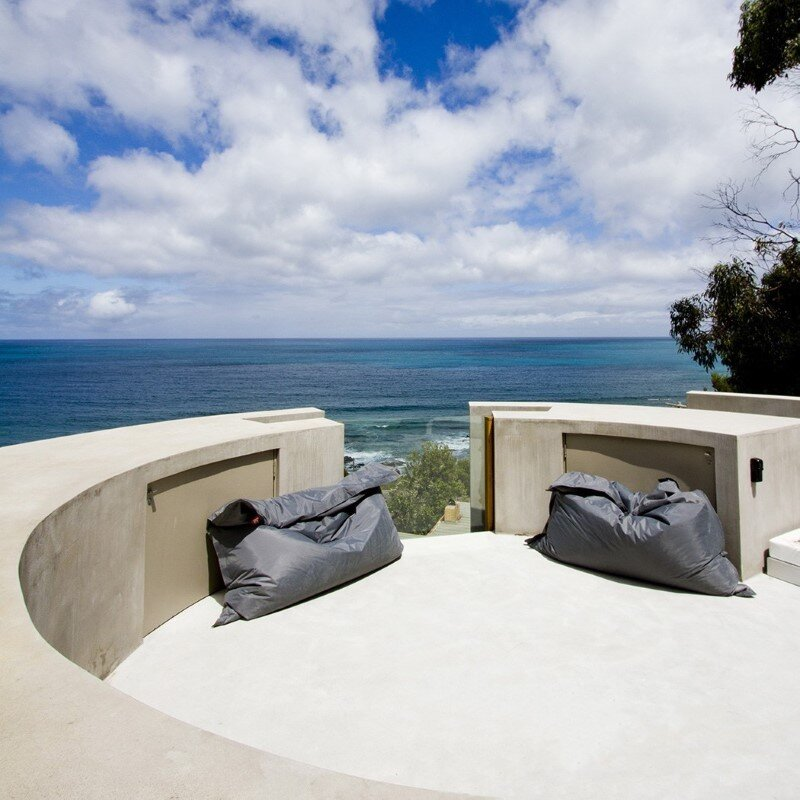 Ocean Retreat sculpted from concrete, timber and glass (6)