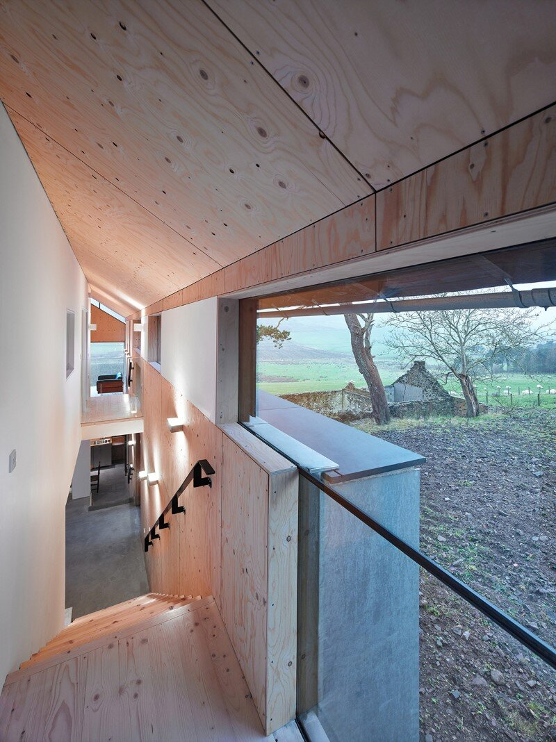 Old mill transformed into a modern holiday home (9)