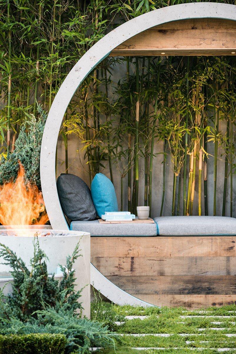 Pipe Dream Garden - expressive use of concrete material (6)
