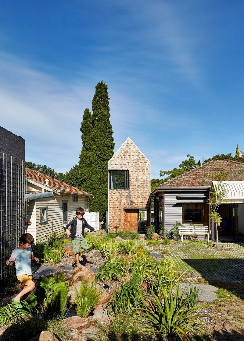 Weatherboard house - creative extension and renovation for a long-term family home (8)