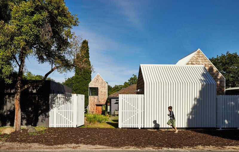Weatherboard house - creative extension and renovation for a long-term family home (9)