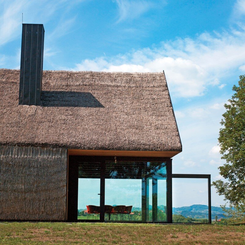 Zagorje traditional cottage - a contemporary architectural interpretation by Proarh (12)