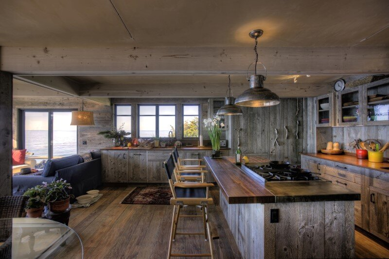 50's beach shack remodeled with live material (3)