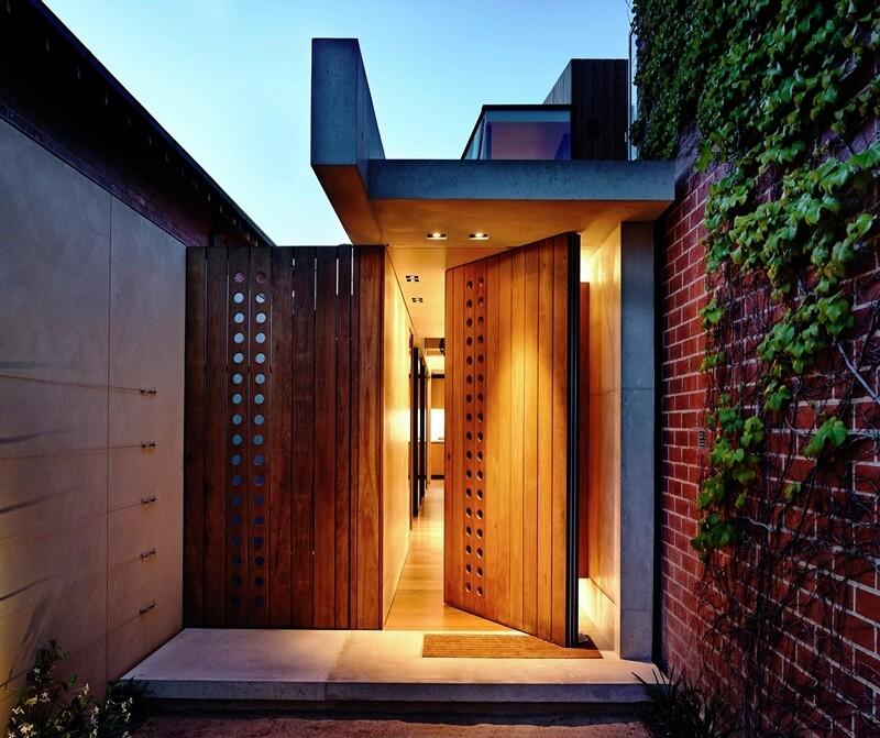 Beach Avenue House designed by Schulberg Demkiw Architects (4)