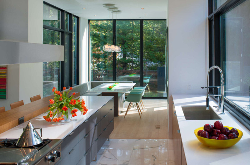 Energy-Efficient Prefab House Built in Just Two Days (14)