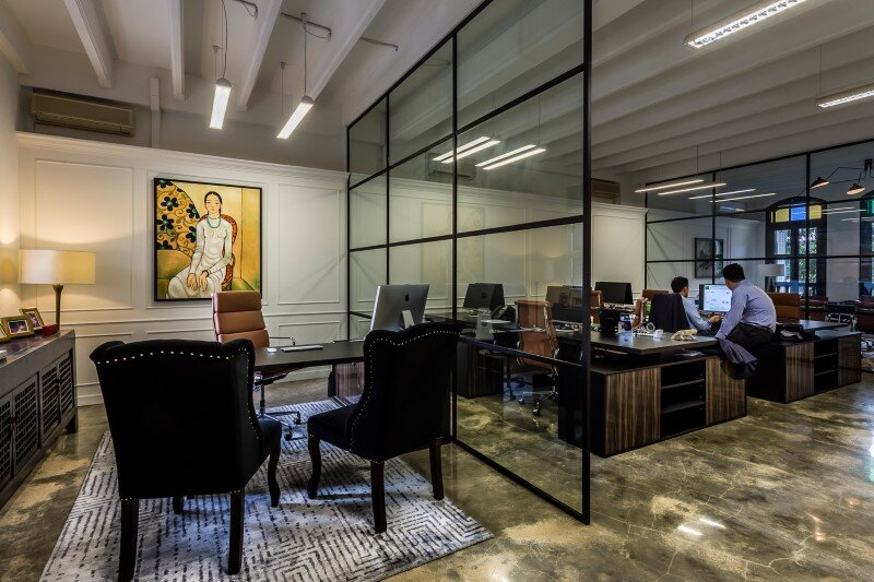 Luxury hedge fund office space in singapore by elliot james for Office working area design