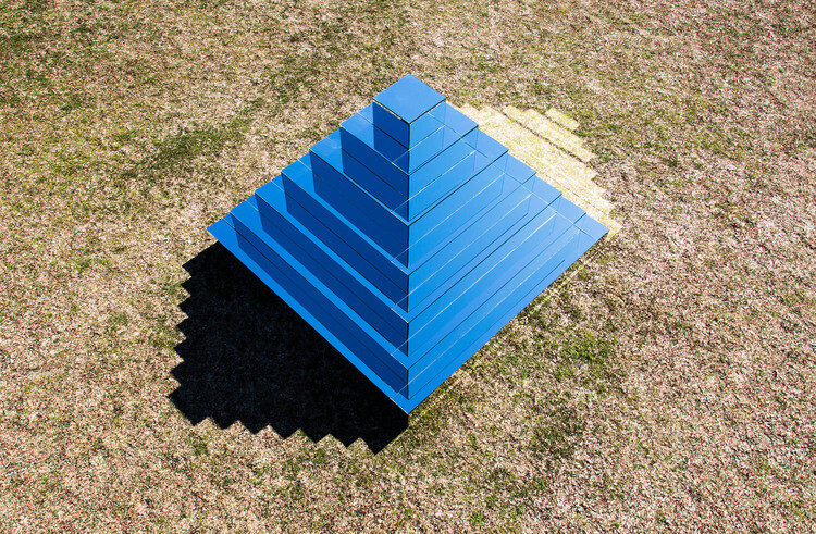 Mirrored Ziggurat for Underbelly Arts Festival Sydney - by artist Shirin Abedinirad 1