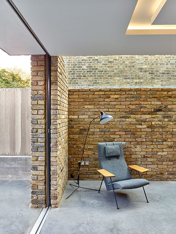 Modern Side Home Extension - modernization of a Victorian houses in Queens Park, London (3)