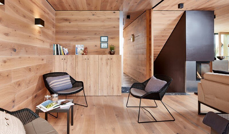 Mountain hut interpreted in a modern way by Feuersinger Architektur (4)