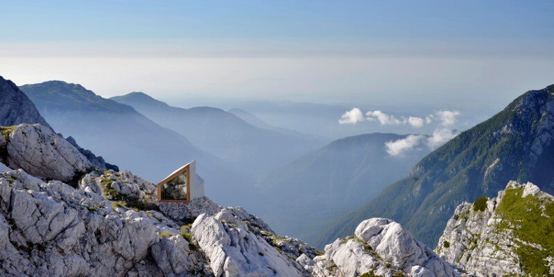 Mountain shelter on the highest peak in Slovenia (1)