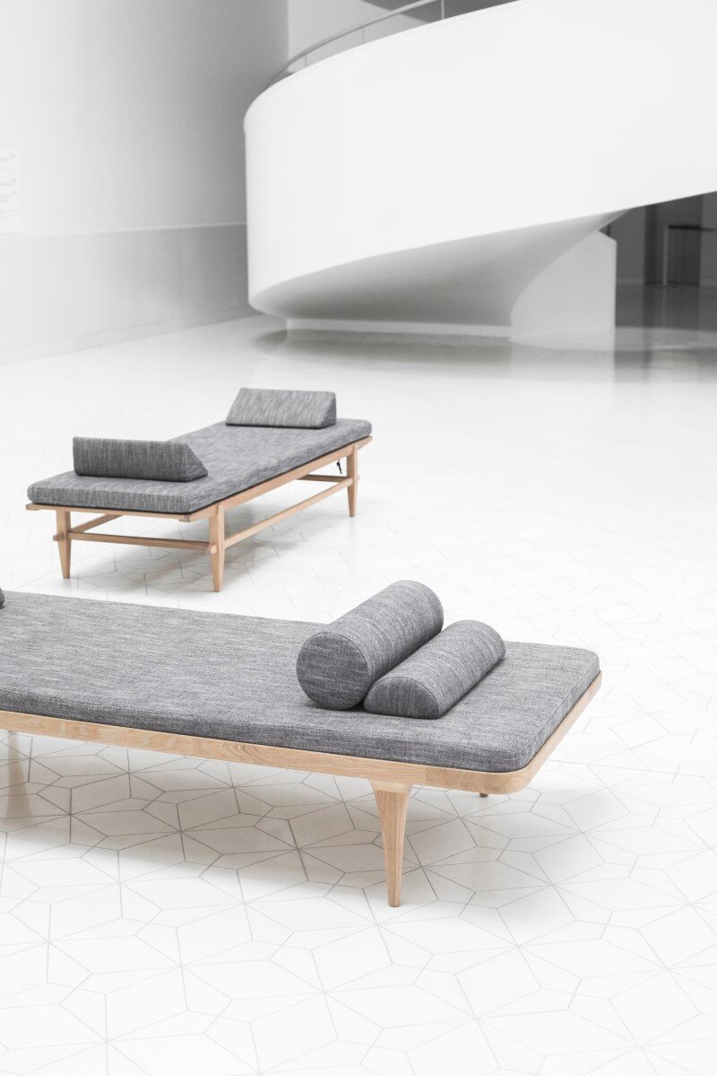 Furniture Project - Oak furniture handmade using traditional methods (21)