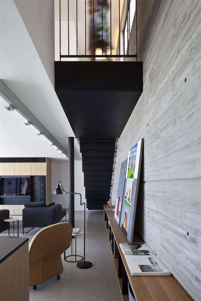 Renovation of a duplex apartment in Tel Aviv (8)