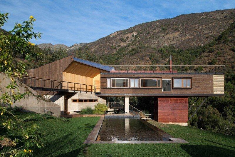 Seasonal spacious house with attractive interior balcony (13)