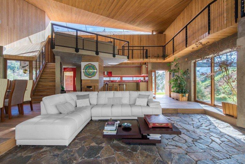 Seasonal spacious house with attractive interior balcony (4)