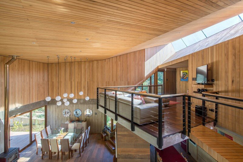Seasonal spacious house with attractive interior balcony (6)