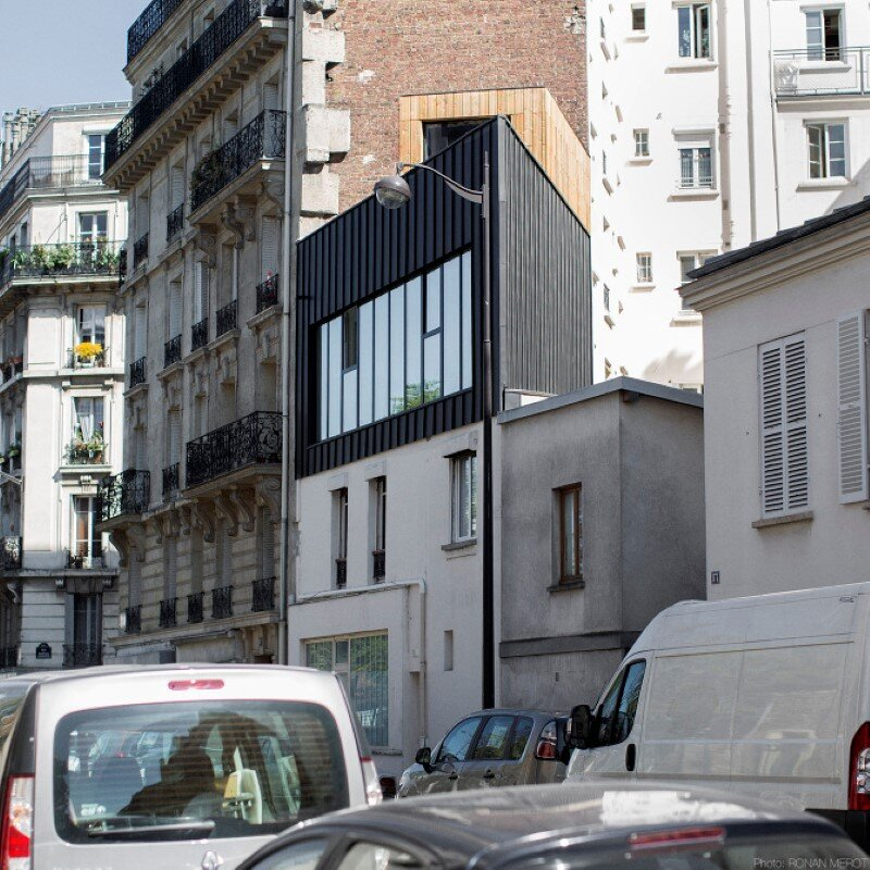 Small Parisian house with a singular geometry - Saganaki House (14)