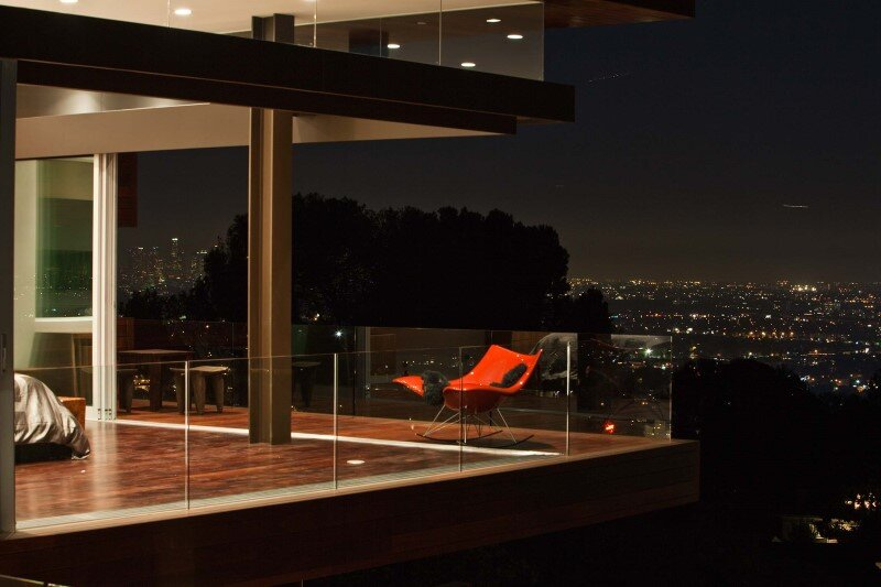 Sunset Plaza House modernist forms with dramatic views over Los Angeles (8)
