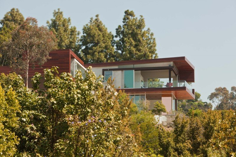 Sunset Plaza Residence modernist forms with dramatic views over Los Angeles (11)