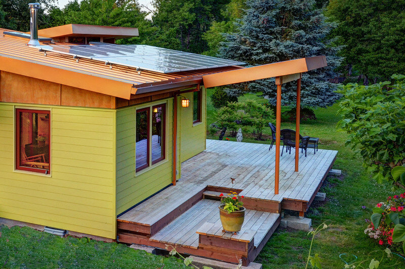 Sustainable hybrid timber-frame Mini Home with playful design (5)