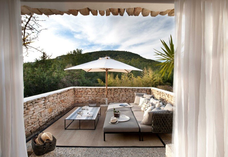 Vacation house in Ibiza with interiors designed by TG Studio (11)
