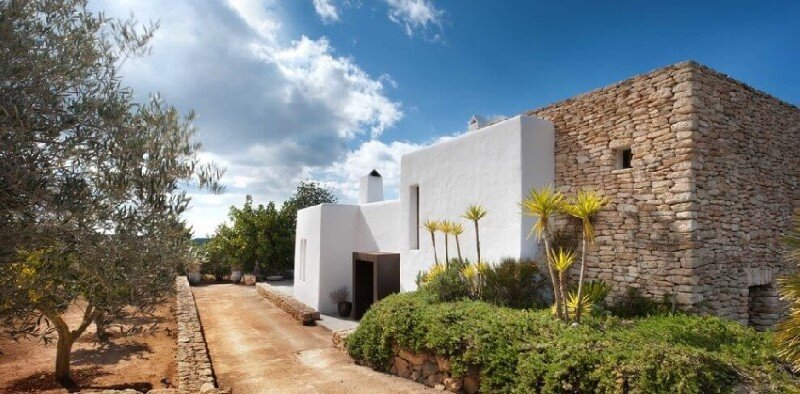 Vacation house in Ibiza with interiors designed by TG Studio (15)