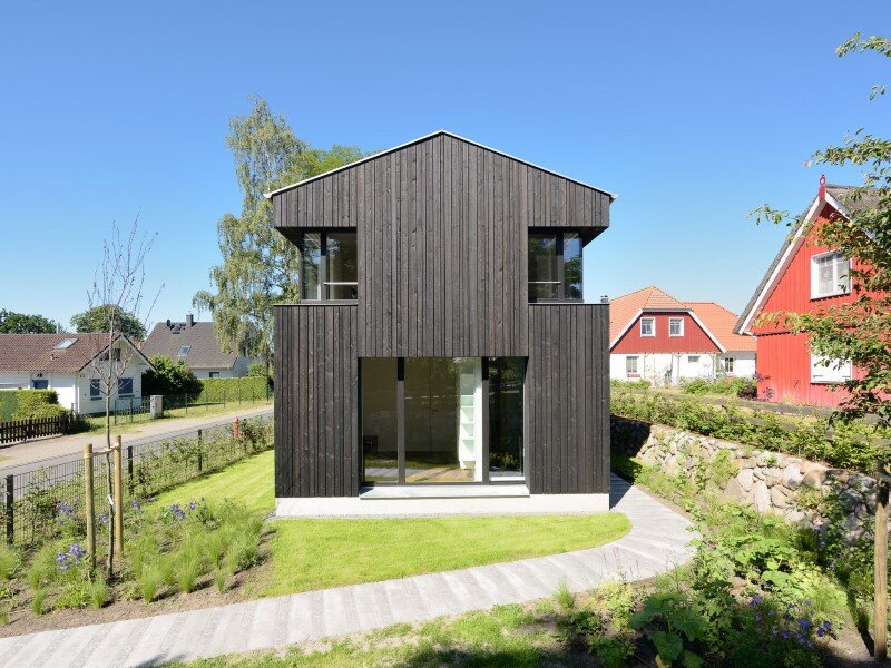 WieckIn Vacation House - traditional German architecture by Möhring Architekten (6)