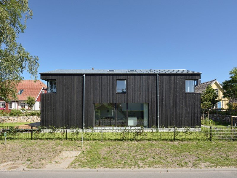 WieckIn Vacation House - traditional German architecture by Möhring Architekten (7)