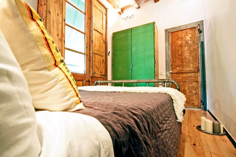 Apartment Rambla de Raval by Transfodesign (12)
