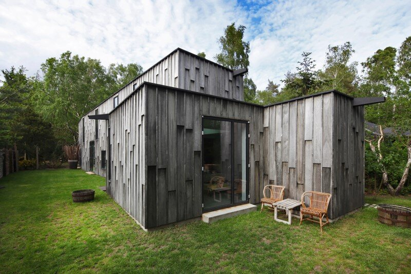 Architectural facade which offers an attractive look : Forest House