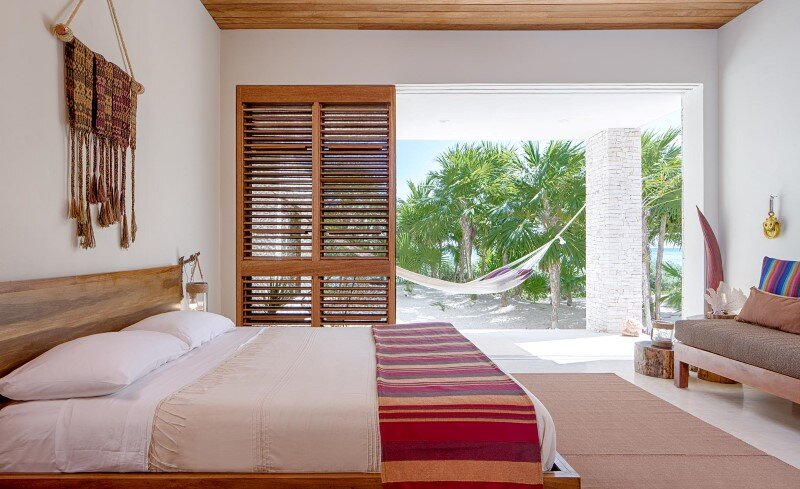 Beachfront private villa on a protected bay in Tulum, Mexico (7)